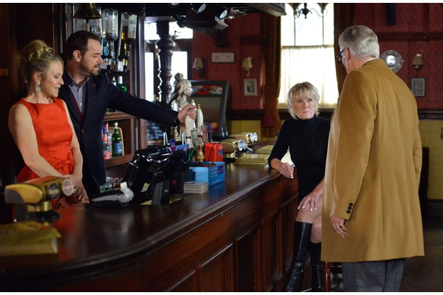 WARNING: Embargoed for publication until 00:00:01 on 17/10/2017 - Programme Name: EastEnders - October-December 2017 - TX: 27/10/2017 - Episode: EastEnders - October-December 2017 - 5588 (No. 5588) - Picture Shows: *STRICTLY NOT FOR PUBLICATION UNTIL 00:01HRS TUESDAY 17th OCTOBER 2017* The Carters meet the Chairman Linda Carter (KELLIE BRIGHT), Mick Carter (DANNY DYER), Shirley Carter (LINDA HENRY), The Chairman (SIMON WILLIAMS) - (C) BBC - Photographer: Kieron McCarron