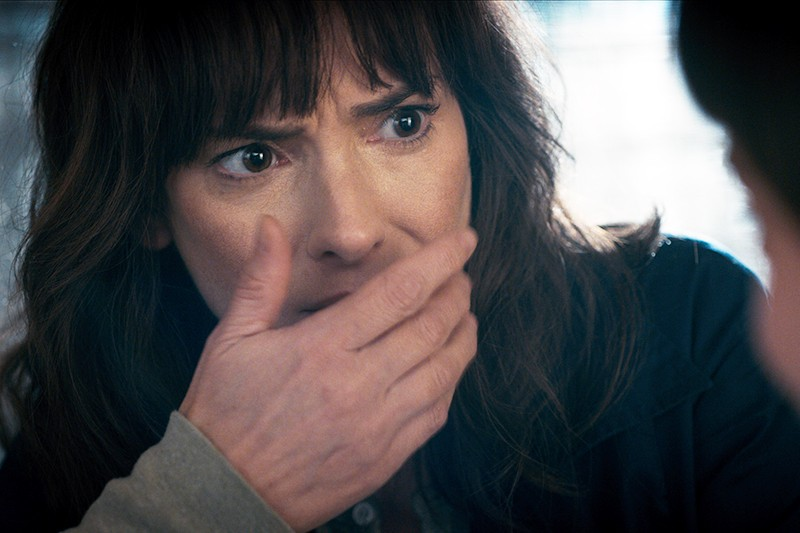 Winona Ryder in Stranger Things 2 (Netflix, HF)