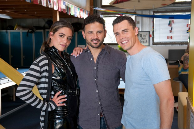 Olympia Valance, Ryan Thomas, Andrew Morley Neighbours (2017)DSC_4575
