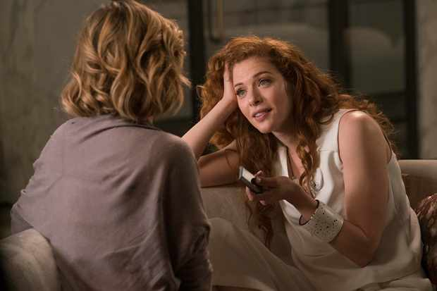 Rachelle Lefevre as Katie in Electric Dreams episode Real Life
