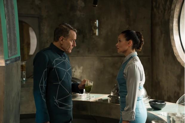 Silas (Bryan Cranston) and Vera (Essie Davis) in Electric Dreams