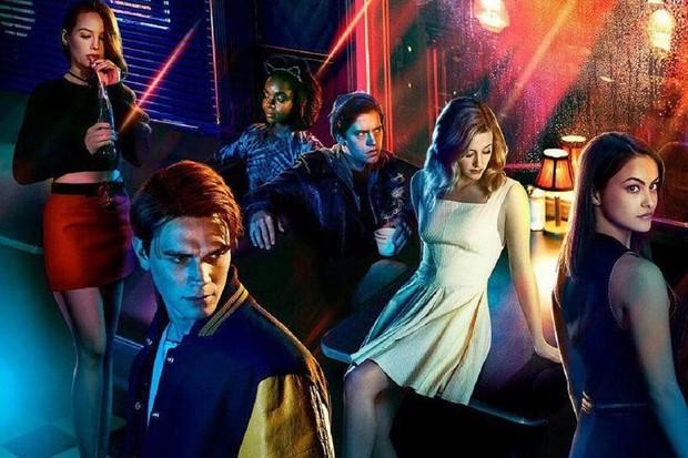 Riverdale Season 2 Poster