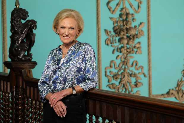 Mary Berry's Secrets From Britain's Great Houses (BBC, EH)