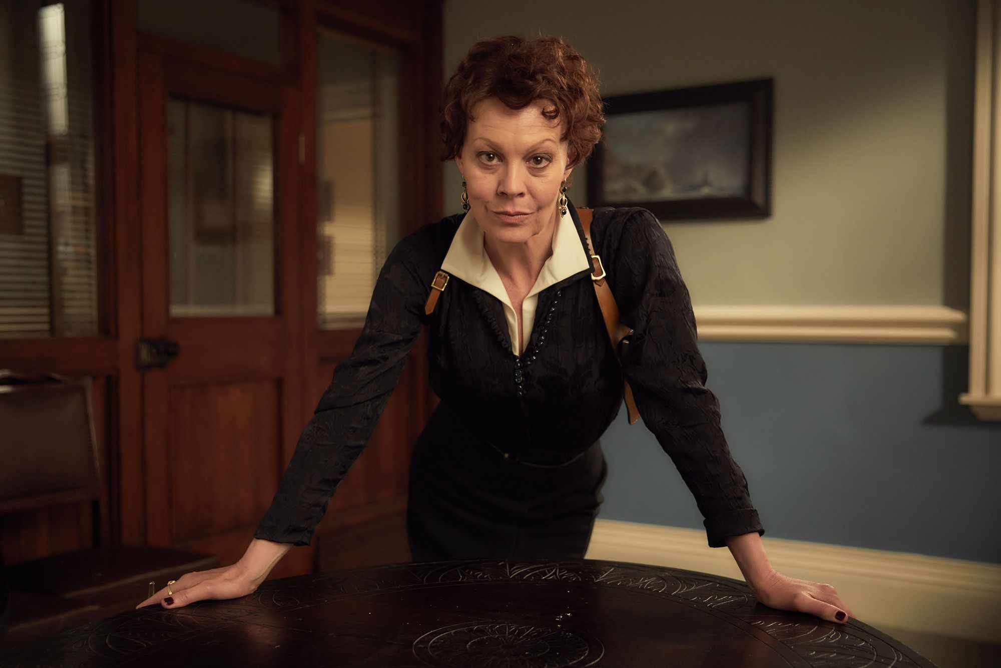 Aunt Polly Gray (Helen McCrory) in Peaky Blinders series 4 (Caryn Mandabach Productions Ltd 2017, JG)