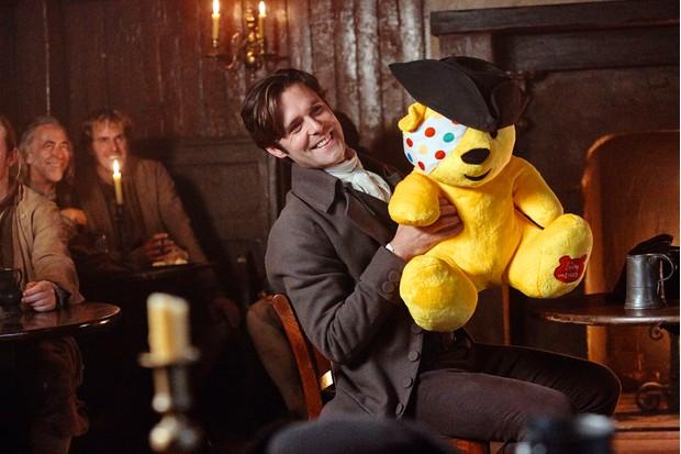 Dwight Enys (Luke Norris) in Poldark Children in Need special