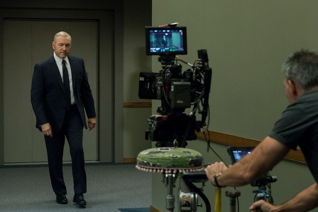 Behind the scenes of House Of Cards season 5 with Kevin Spacey (Netflix)