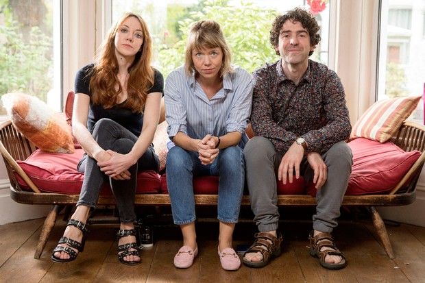 Liz (Diane Morgan), Julia (Anna Maxwell-Martin), Kevin (Paul Ready) in motherland