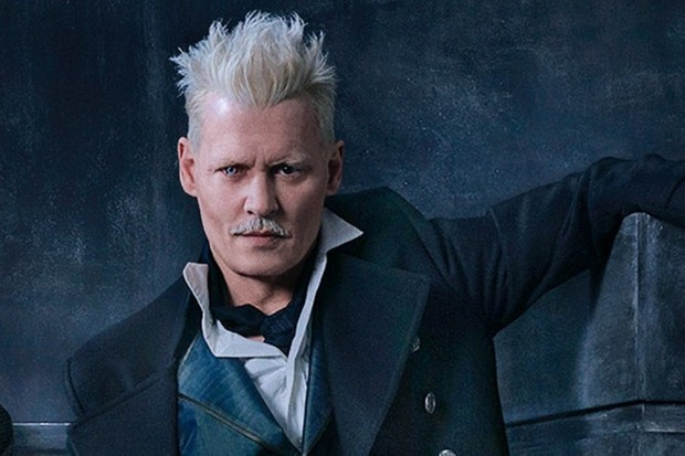 Johnny Depp is Grindelwald in Fantastic Beasts 2