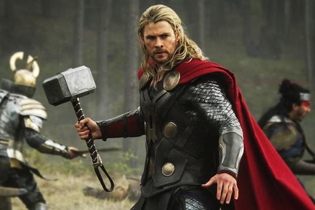 Christ Hemsworth in Thor: The Dark World (Marvel, HF)