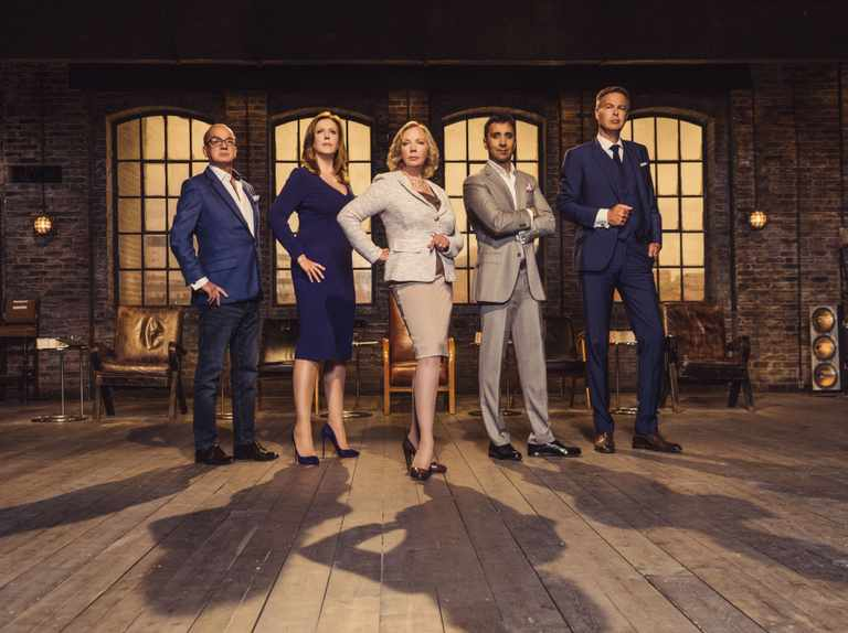 When is Dragons' Den series 17 on TV? Who are the Dragons? Where is it filmed?