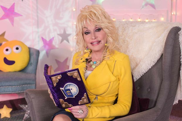 WARNING: Embargoed for publication until 07:30:01 on 09/10/2017 - Programme Name: CBeebies Bedtime Stories - TX: n/a - Episode: Dolly Parton Announcement (No. n/a) - Picture Shows: **Strictly embargoed until 09/10/2017 07:30:01 ** Dolly Parton - (C) BBC - Photographer: Pete Dadds BBC TL