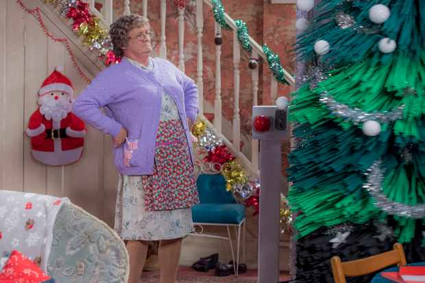 Mrs Brown (BBCPictures,mh)