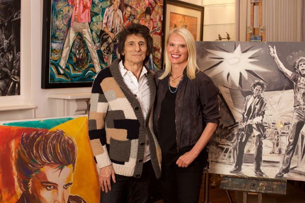 Paint it Black with Ronnie Wood and Anneka Rice (BBC, EH)