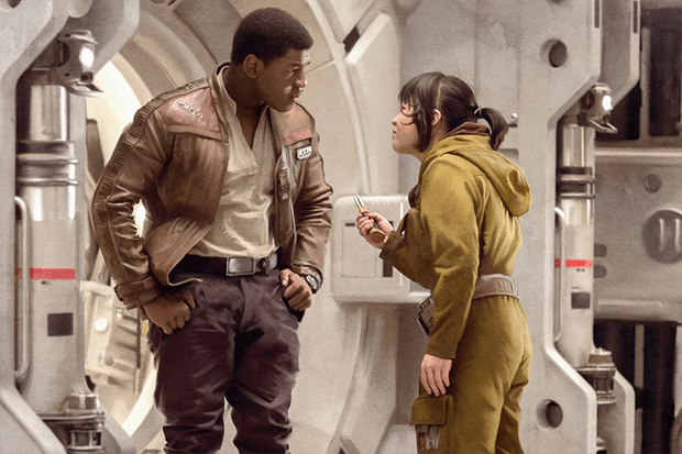 John Boyega and Kelly Marie Tran in Star Wars: The Last Jedi (Lucasfilm, HF)