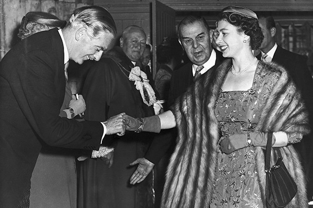 Anthony Eden and Queen Elizabeth before the Suez Crisis in 1956