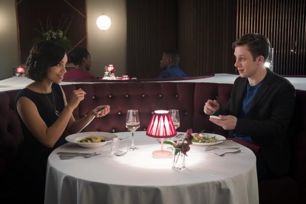 Georgina Campbell and Joe Cole in Hang the DJ (Netflix, TL)