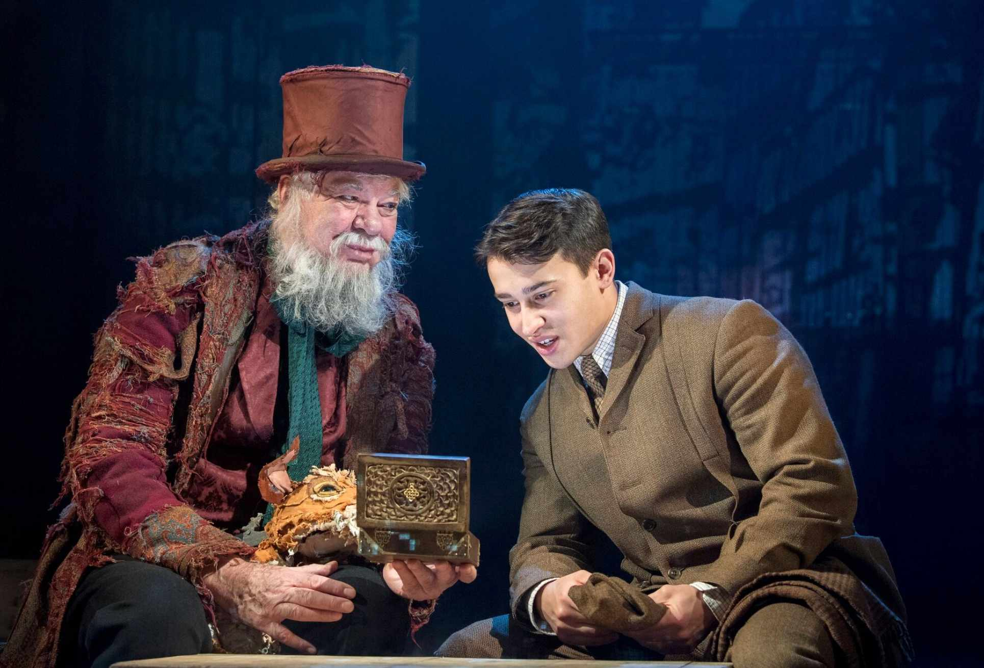 Box of Delights, Matthew Kelly, Publicity shot, BD