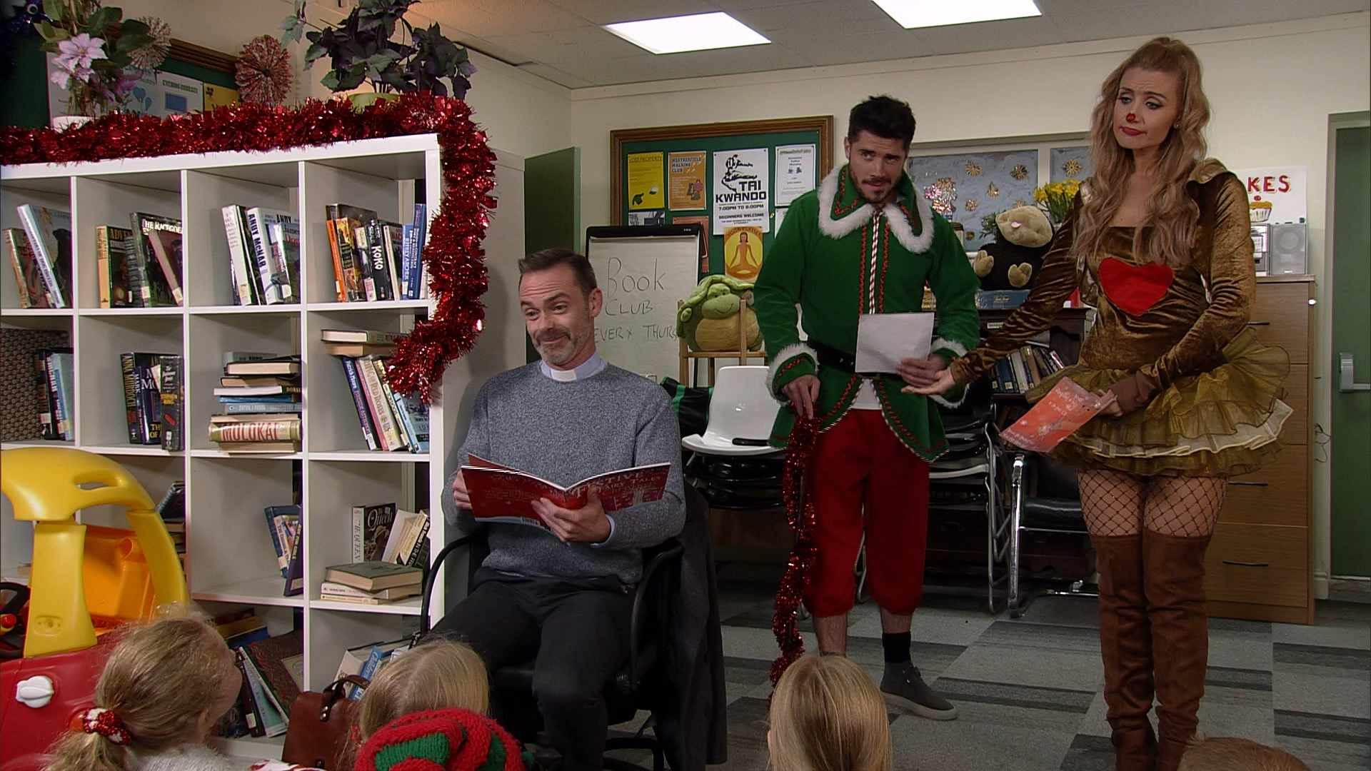 CORRIE 9330 WEDS 20TH DEC 1930 PREVIEW CLIP