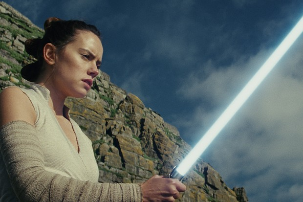 Daisy Ridley in Star Wars: The Last Jedi (LucasFilm, HF)