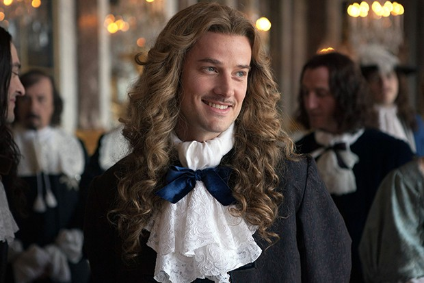 Evan Williams plays Chevalier in Versailles