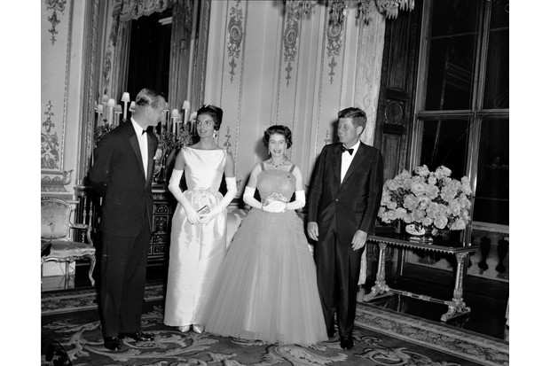 Prince Philip, Jacqueline Kennedy, Queen Elizabeth and the US President John F Kennedy in Buckingham Palace on 5th June 1961 (Getty, JG)