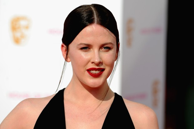 LONDON, ENGLAND - MAY 08: Alexandra Roach attends the House Of Fraser British Academy Television Awards 2016 at the Royal Festival Hall on May 8, 2016 in London, England. (Photo by Stuart C. Wilson/Getty Images) Getty, TL