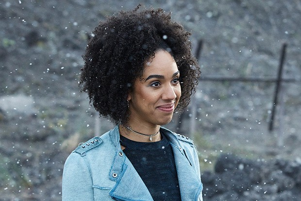 Pearl Mackie as Bill Potts in the Doctor Who Christmas special