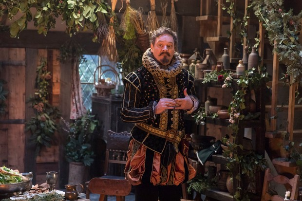 Programme Name: Upstart Crow - TX: n/a - Episode: A Christmas Crow (No. 7) - Picture Shows: Green (MARK HEAP) - (C) BBC - Photographer: Colin Hutton