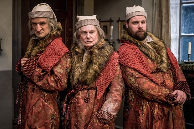 Henry Shields, Derek Jacobi and Henry Lewis in A Christmas Carol Goes Wrong, BBC Pictures, SL