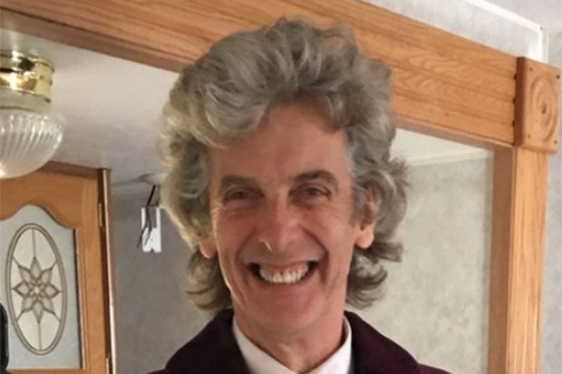 Peter Capaldi, Twitter @Markgatiss, SL