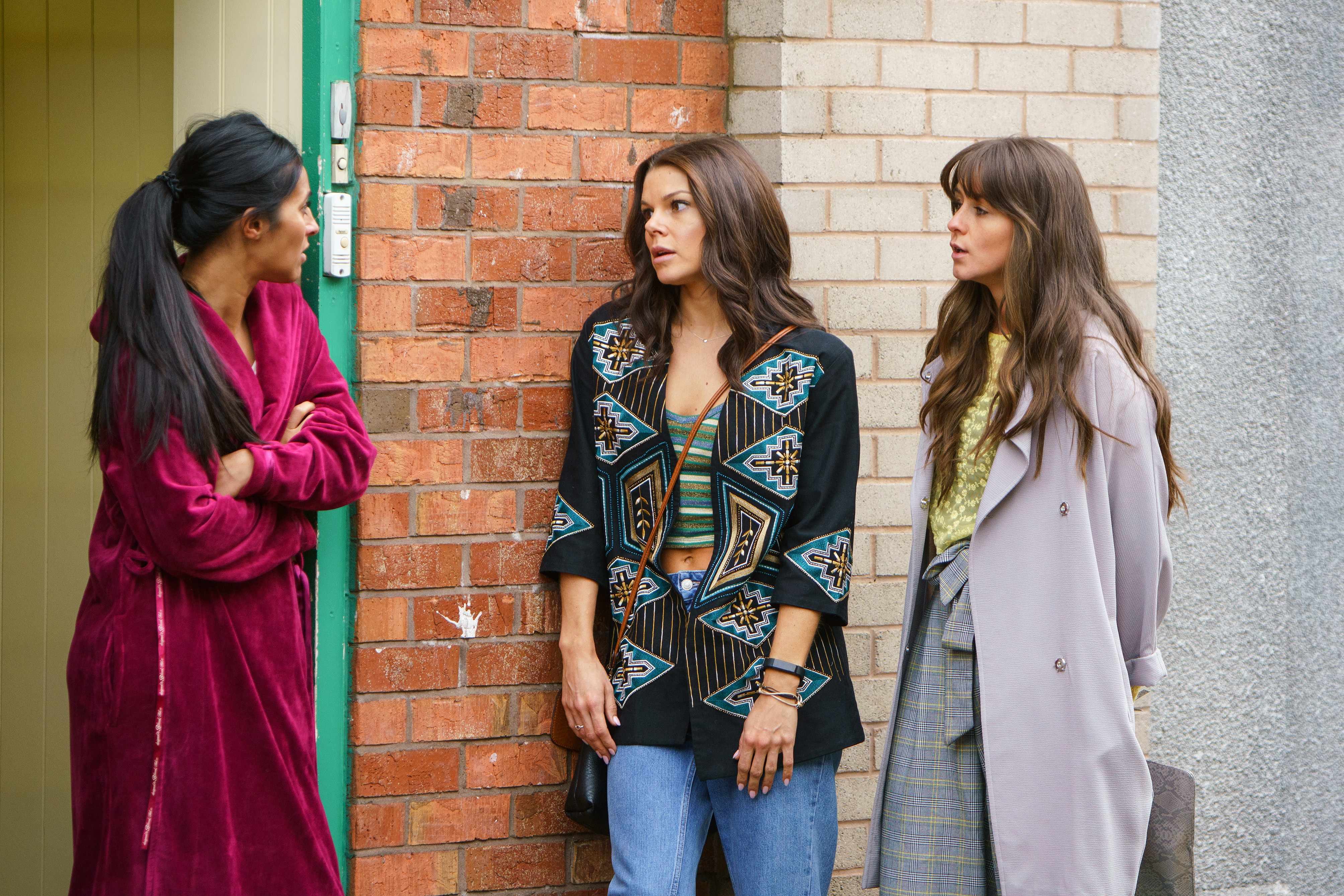 FROM ITV   STRICT EMBARGO  Print media - No Use Before Tuesday 2nd January 2018 Online Media -  No Use Before 0700hrs Tuesday 2nd January 2018  Coronation Street - Ep 9347  Monday 8th January 2018 - 1st Ep  Tipsy Kate Connor [FAYE BROOKES] and Sophie Webster [BROOKE VINCENT] arrive home from a night on the town which ends up in a doorstep snog Ð Also pictured Alya Nazir [SAIR KHAN].   Picture contact - david.crook@itv.com  Photographer - Mark Bruce  This photograph is (C) ITV Plc and can only be reproduced for editorial purposes directly in connection with the programme or event mentioned above, or ITV plc. Once made available by ITV plc Picture Desk, this photograph can be reproduced once only up until the transmission [TX] date and no reproduction fee will be charged. Any subsequent usage may incur a fee. This photograph must not be manipulated [excluding basic cropping] in a manner which alters the visual appearance of the person photographed deemed detrimental or inappropriate by ITV plc Picture Desk. This photograph must not be syndicated to any other company, publication or website, or permanently archived, without the express written permission of ITV Plc Picture Desk. Full Terms and conditions are available on the website www.itvpictures.com