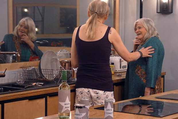 Celebrity Big Brother 2018 - India and Ann