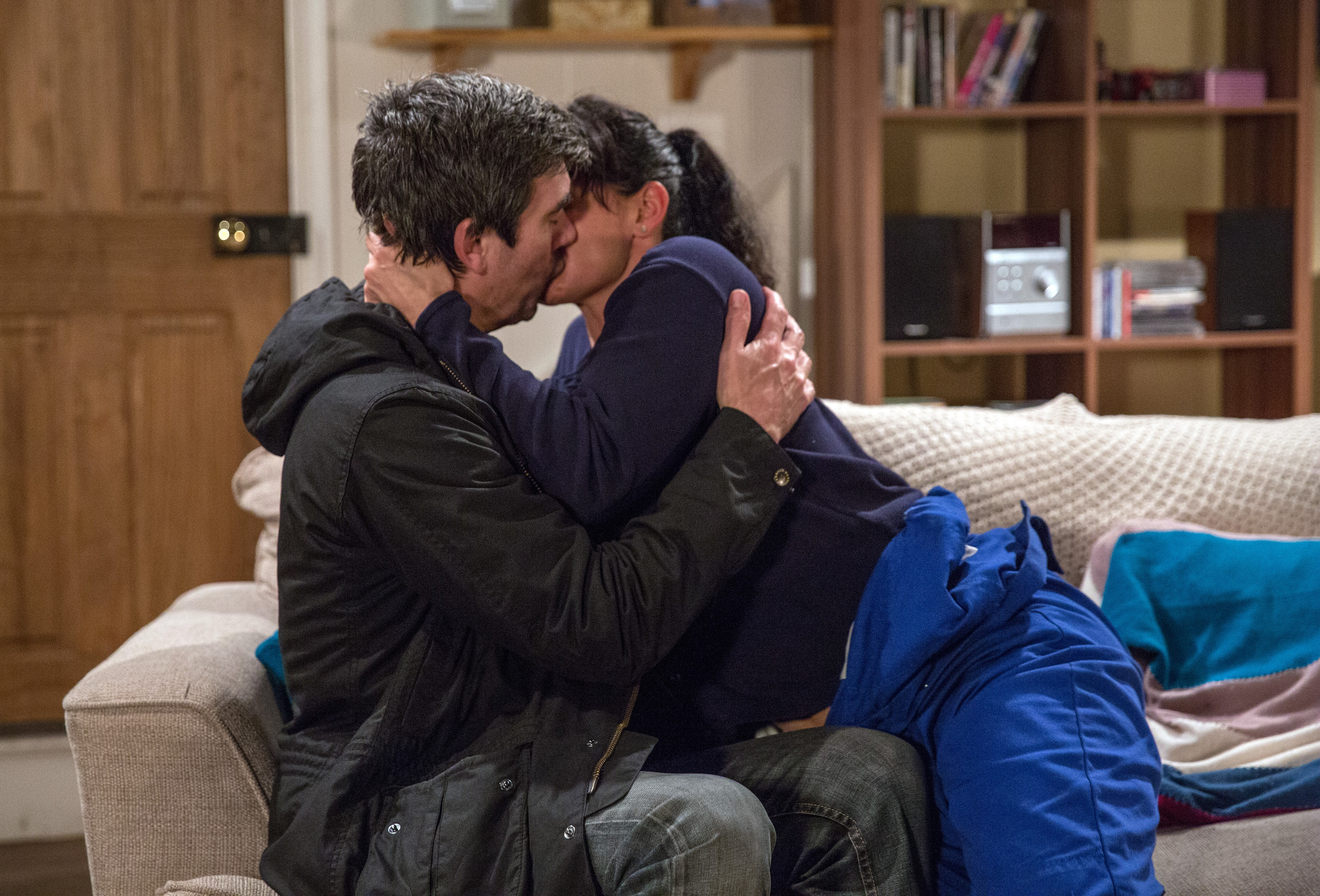 FROM ITV   STRICT EMBARGO  Print media - No Use Before Tuesday 9th January 2018 Online Media -  No Use Before 0700hrs Tuesday 9th January 2018  Emmerdale - 8044  Tuesday 16th January 2018   Cain Dingle [JEFF HORDLEY] comes to the farm and he and Moira Dingle [NATALIE J ROBB], kiss passionately but what does this this mean for their future and Harriet's?   Picture contact - david.crook@itv.com  Photographer - Amy Brammall  This photograph is (C) ITV Plc and can only be reproduced for editorial purposes directly in connection with the programme or event mentioned above, or ITV plc. Once made available by ITV plc Picture Desk, this photograph can be reproduced once only up until the transmission [TX] date and no reproduction fee will be charged. Any subsequent usage may incur a fee. This photograph must not be manipulated [excluding basic cropping] in a manner which alters the visual appearance of the person photographed deemed detrimental or inappropriate by ITV plc Picture Desk. This photograph must not be syndicated to any other company, publication or website, or permanently archived, without the express written permission of ITV Plc Picture Desk. Full Terms and conditions are available on the website www.itvpictures.com