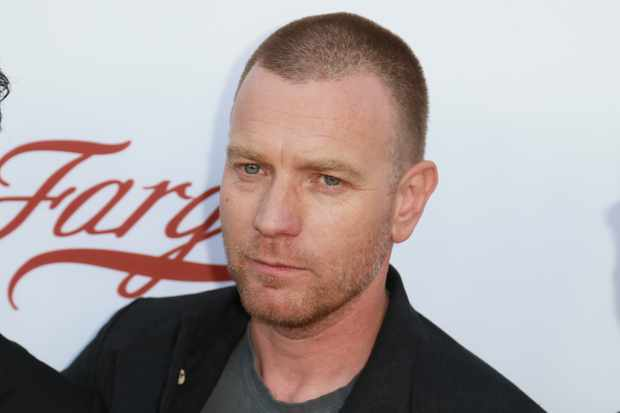 """NORTH HOLLYWOOD, CA - MAY 11:  Actor Ewan McGregor arrives at FX's """"Fargo"""" For Your Consideration Event at Saban Media Center on May 11, 2017 in North Hollywood, California.  (Photo by Leon Bennett/WireImage)"""