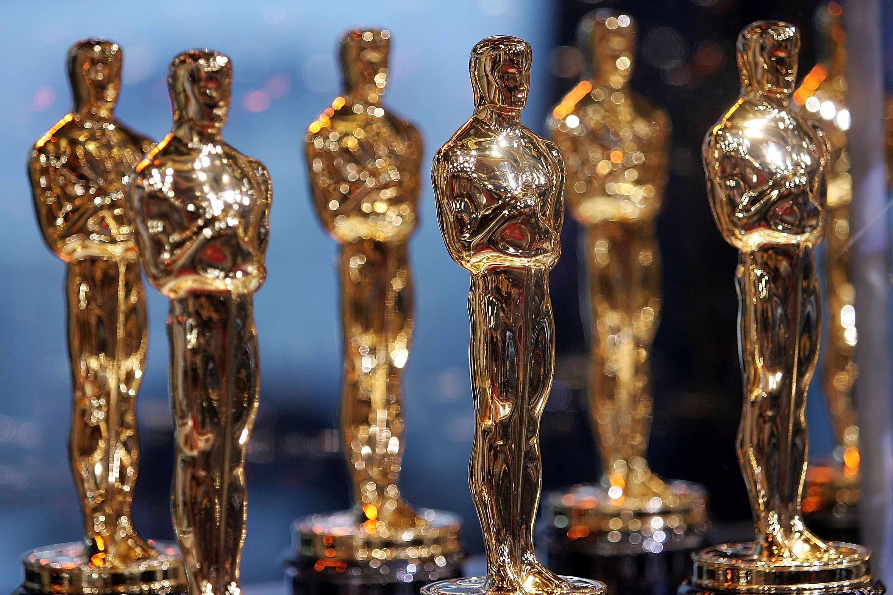 Oscar statuettes (Getty, EH)