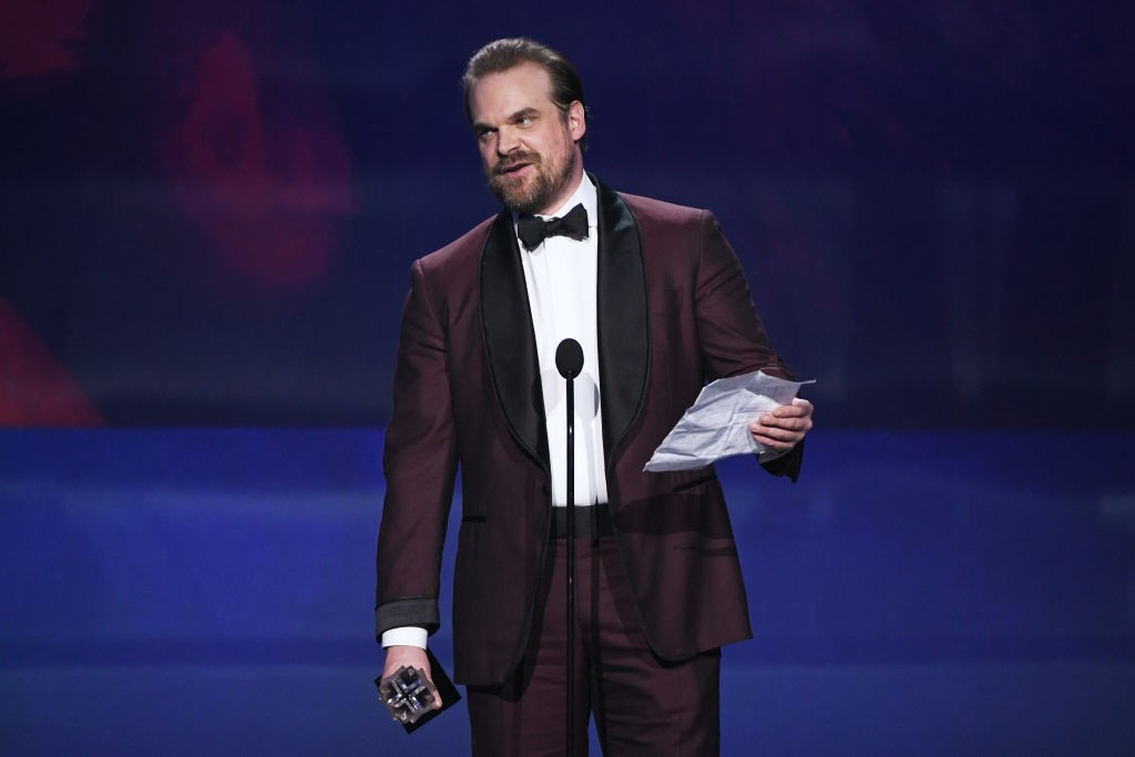SANTA MONICA, CA - JANUARY 11:  Actor David Harbour accepts Best Supporting Actor in a Drama Series for 'Stranger Things' onstage during The 23rd Annual Critics' Choice Awards at Barker Hangar on January 11, 2018 in Santa Monica, California.  (Photo by Kevin Winter/Getty Images)