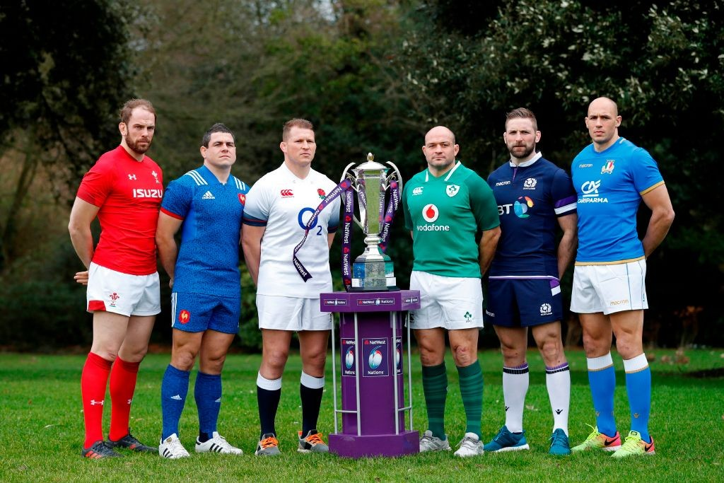 Wales' Alun Wyn Jones, France's Guilhem Guirado, England's Dylan Hartley, Ireland's Rory Best, Scotland's John Barclay and Italy's Sergio Parisse pose with the trophy during the 6 Nations Launch event in west London (Getty, JG)