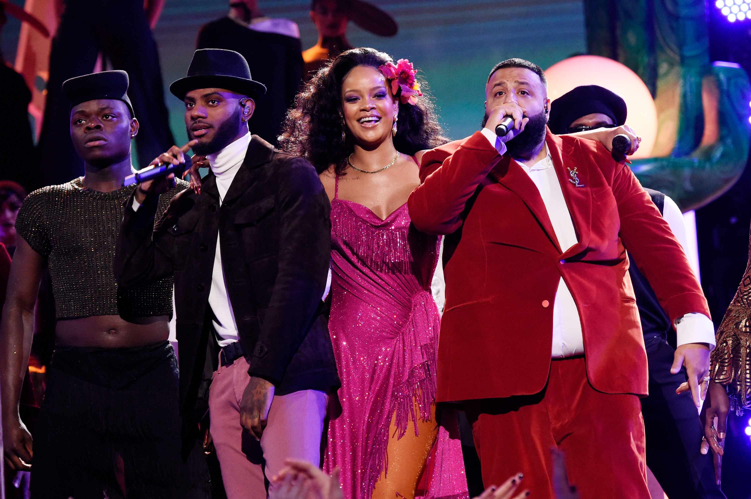 Rihanna, Grammys (Getty, EH)