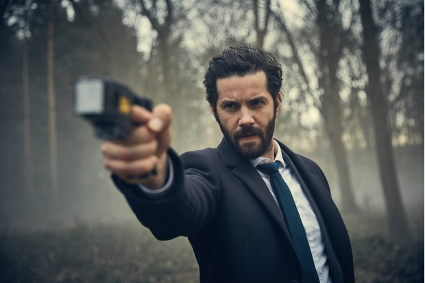 WARNING: Embargoed for publication until 00:00:01 on 09/01/2018 - Programme Name: Hard Sun - TX: n/a - Episode: n/a (No. 2) - Picture Shows: ***EMBARGOED UNTIL 9th JAN 2018*** Hicks (JIM STURGESS) - (C) Euston Films - Photographer: Robert Viglasky