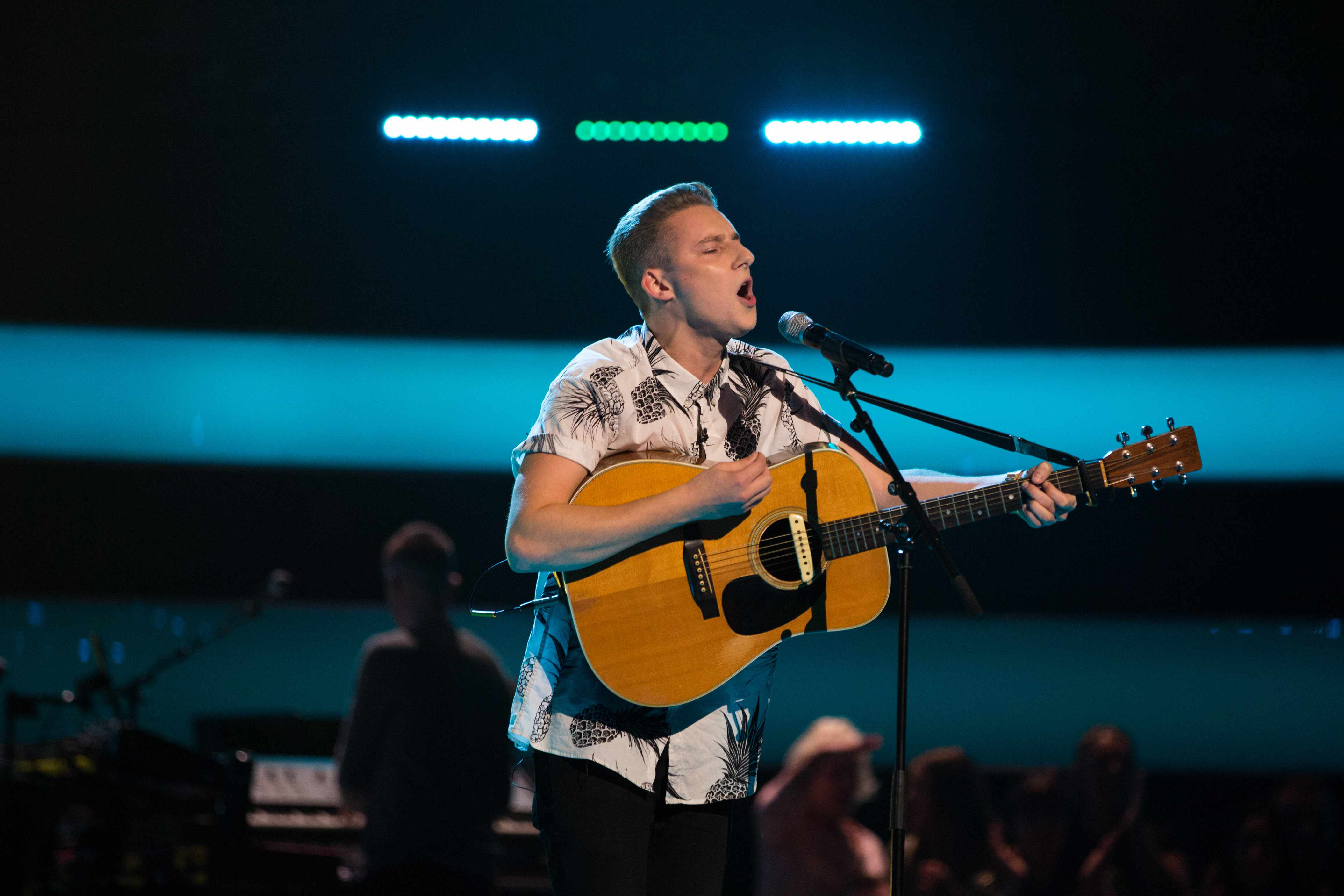 This image and the information contained herein is strictly embargoed until 21.30 Friday 12th January 2018From ITV StudiosThe Voice UK: SR2: Ep2 on ITVPictured: Jacob Smith performs.This photograph is (C) ITV Plc and can only be reproduced for editorial purposes directly in connection with the programme or event mentioned above, or ITV plc. Once made available by ITV plc Picture Desk, this photograph can be reproduced once only up until the transmission [TX] date and no reproduction fee will be charged. Any subsequent usage may incur a fee. This photograph must not be manipulated [excluding basic cropping] in a manner which alters the visual appearance of the person photographed deemed detrimental or inappropriate by ITV plc Picture Desk.  This photograph must not be syndicated to any other company, publication or website, or permanently archived, without the express written permission of ITV Plc Picture Desk. Full Terms and conditions are available on the website www.itvpictures.co.ukFor further information please contact:james.hilder@itv.com / 0207 157 3052