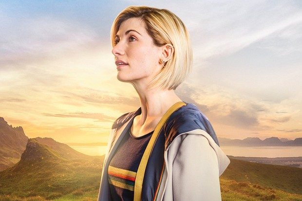 cafc5f02c73 Doctor Who 2018 cast   crew t-shirt features a rainbow Tardis and ...