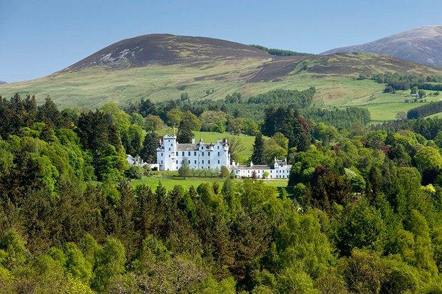 Where was Victoria and Abdul filmed? Guide to the Scottish