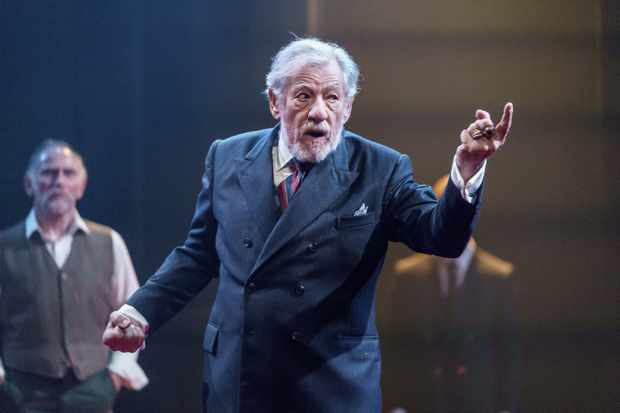 Ian McKellen as King Lear at Chichester Festival Theatre (photo by Manuel Harlan)