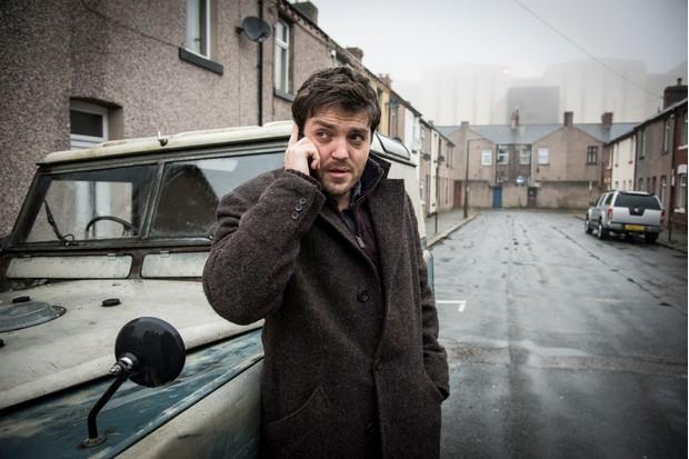 Cormoran Strike (TOM BURKE) in Strike: Career of Evil (BBC, JG)