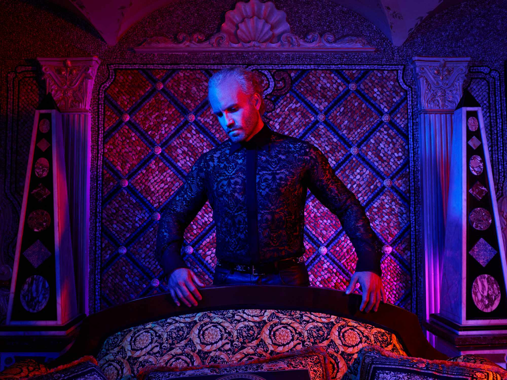 WARNING: Embargoed for publication until 00:00:01 on 20/02/2018 - Programme Name: The Assassination of Gianni Versace: American Crime Story - TX: n/a - Episode: The Assassination of Gianni Versace: American Crime Story (No. 1) - Picture Shows:  Gianni Versace (EDGAR RAMIREZ) - (C) © 2018 Fox and its related entities. All rights reserved. - Photographer: unknown/FX