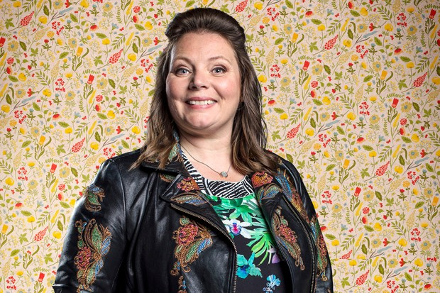 Joanna Scanlan is Sandra in Hold the Sunset