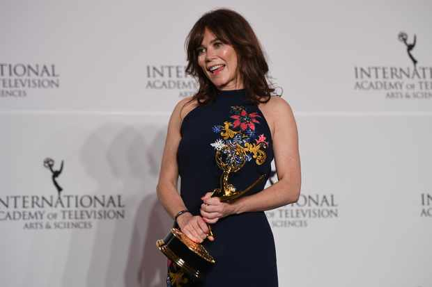Anna Friel with her Emmy (Getty, EH)