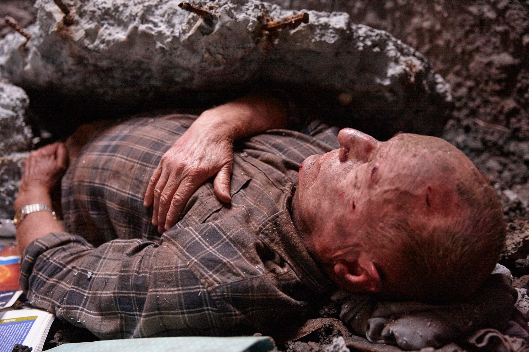 Home & Away Week 5 - Alf trapped in a sinkhole. **EMBARGO Monday, 5th February**