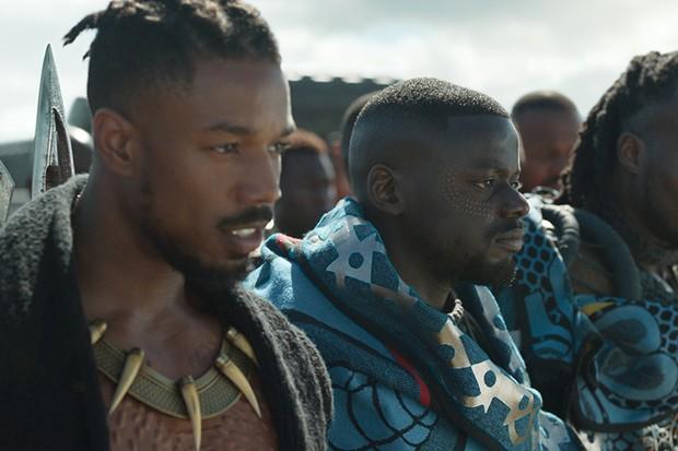Erik Killmonger (Michael B. Jordan) and W'Kabi (Daniel Kaluuya) with some of his border tribesman (Marvel, HF)
