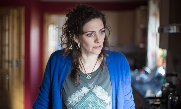 Neve McIntosh in Silent Witness, BBC Pictures, SL